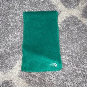 Soft north face scarf